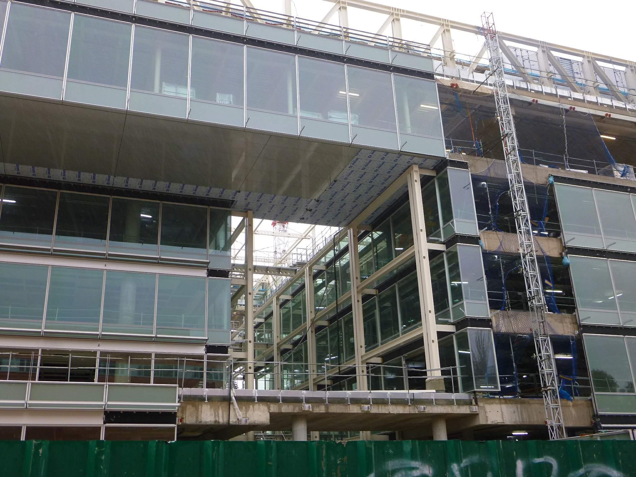 File Madrid Banco Popular Edificio Luca de Tena sede corporativa en