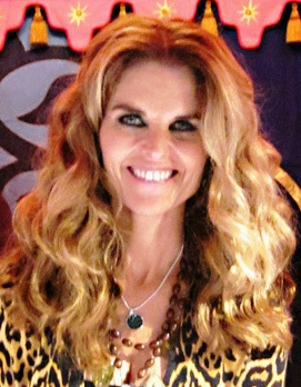 Maria Shriver at Womens Conference book signing October 2010 crop
