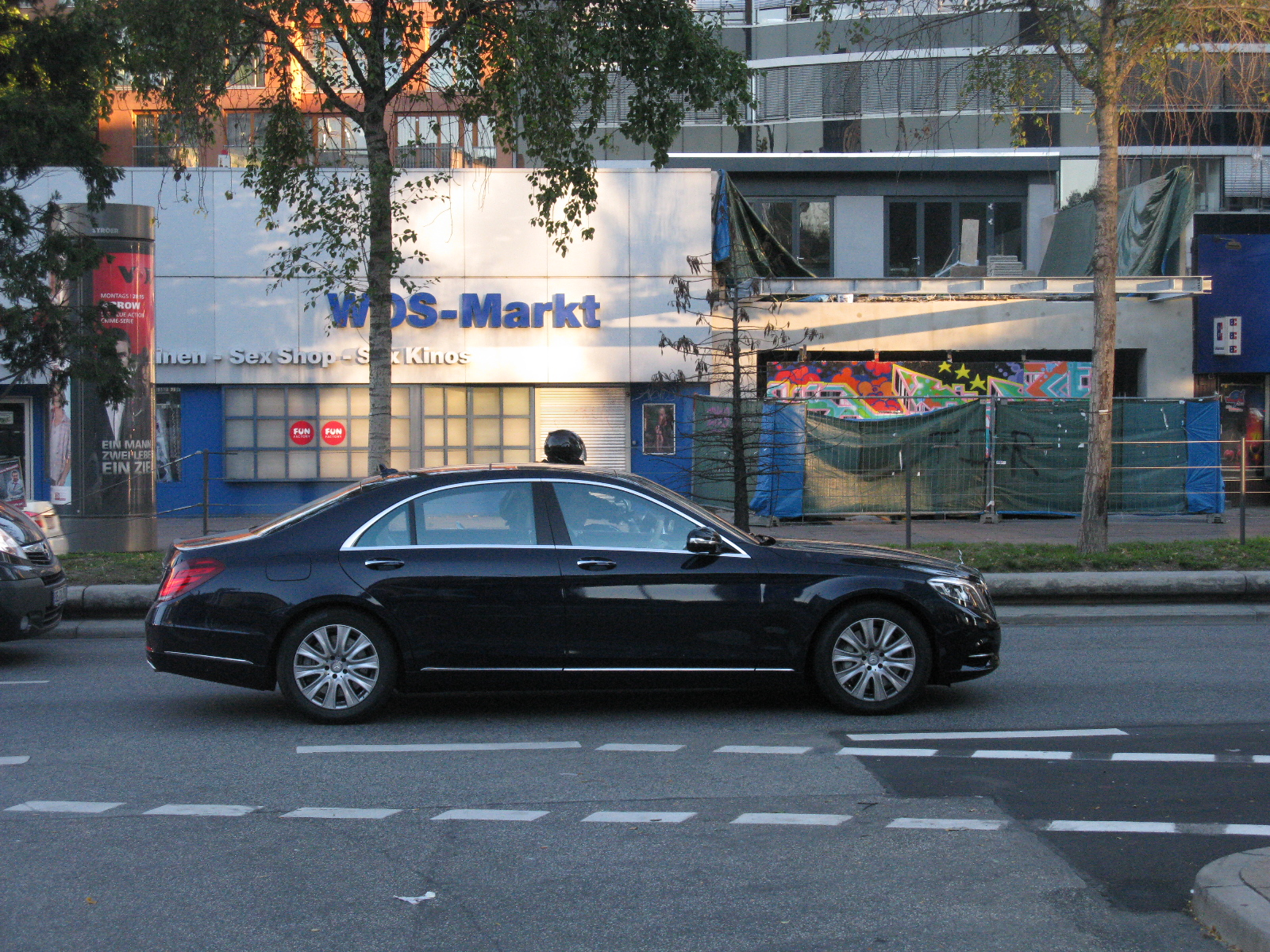 File Mercedes Benz S Class W222