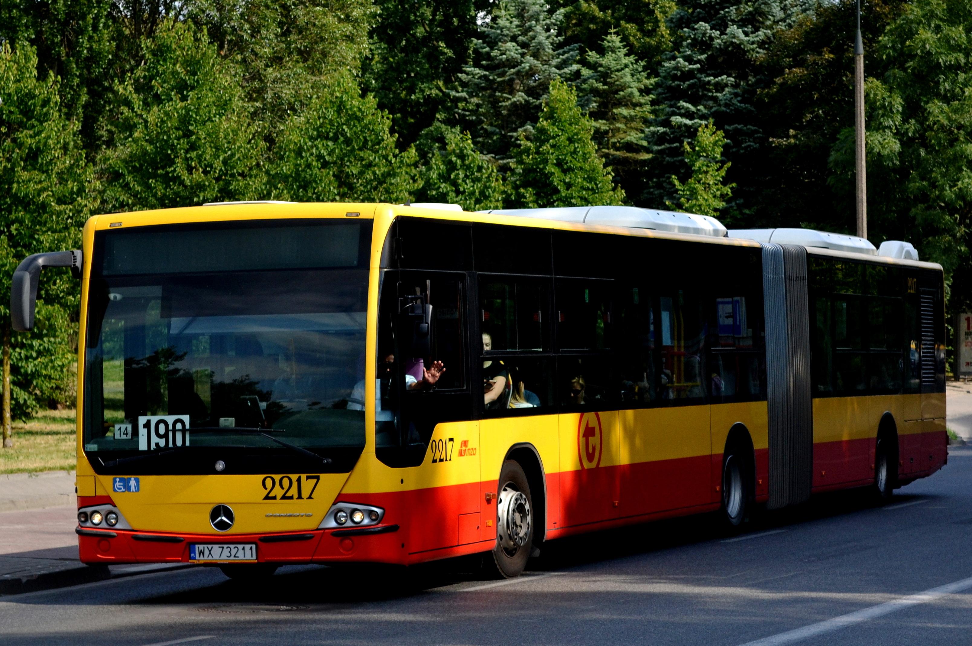 File Mercedes Conecto G 2217