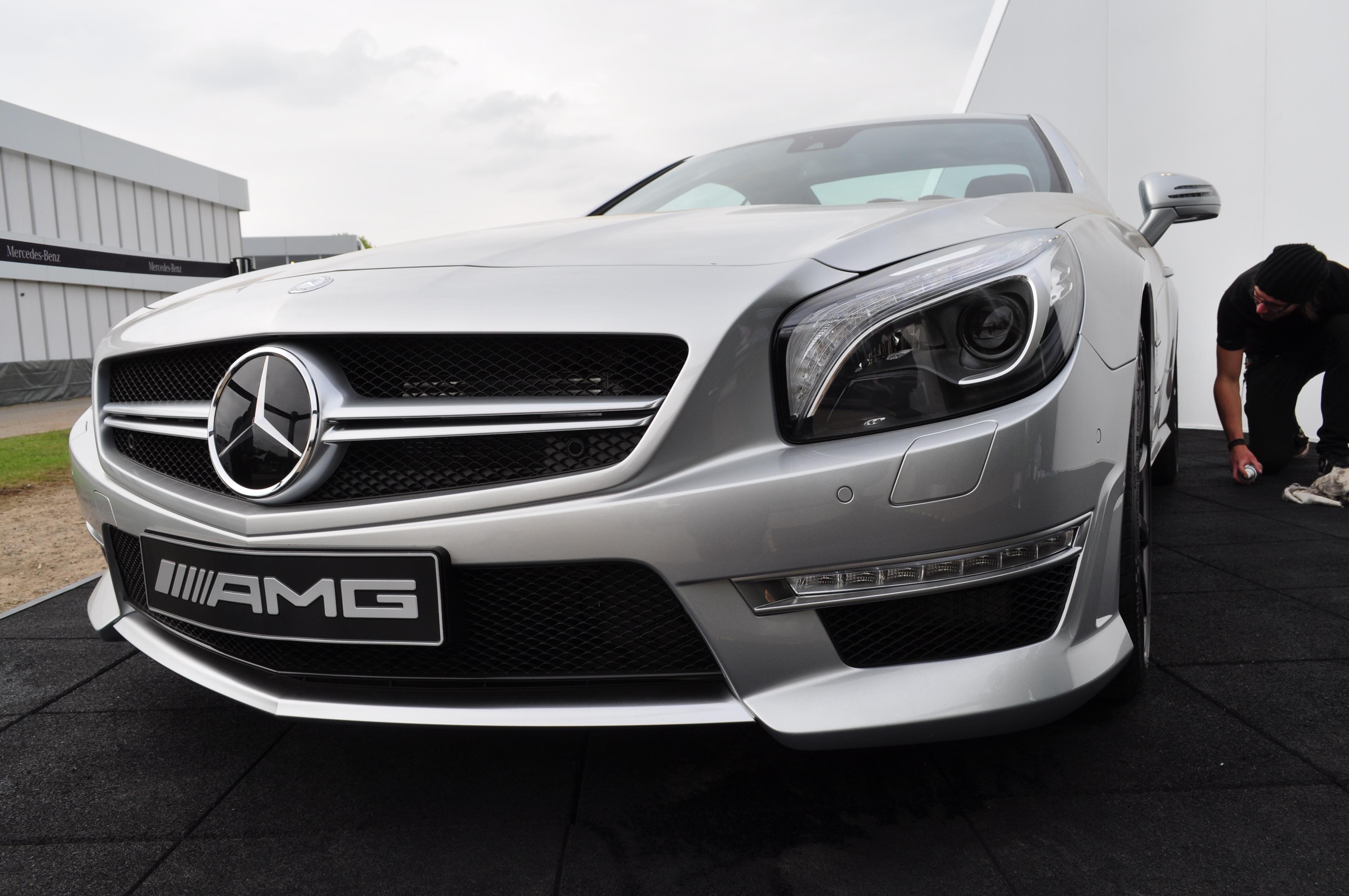 File Mercedes SL63 AMG 2012 Wikimedia mons