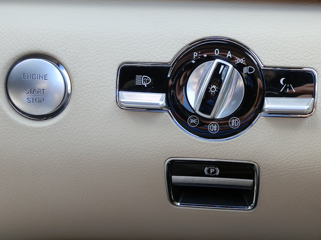 File Mercedes W221 Start Button Light Switch And Parking