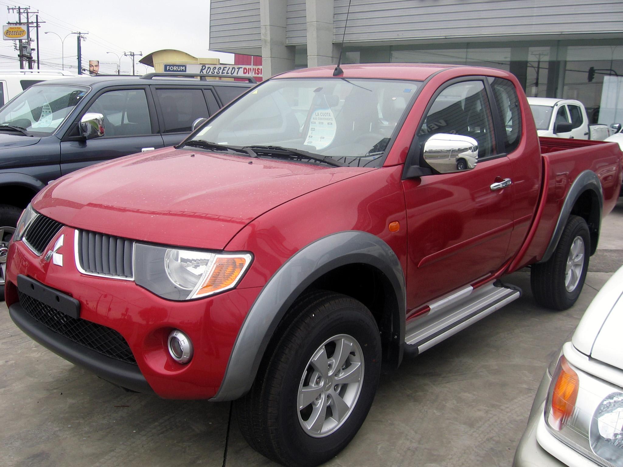 File:Mitsubishi L200 Dakar Club Cab 2008 (15800423742).jpg ...