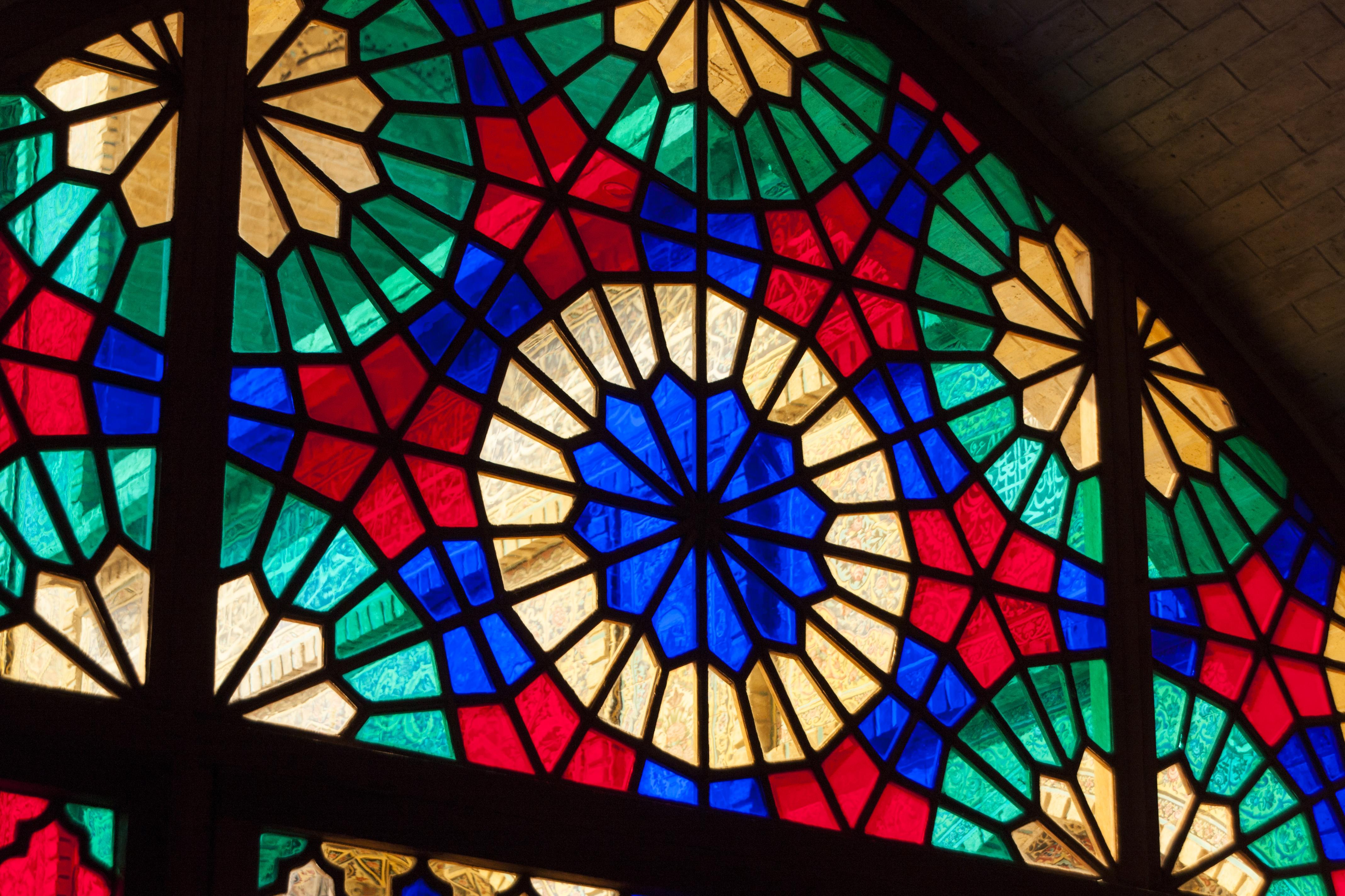 file nasirolmolk mosque detail of colored window jpg wikimedia commons