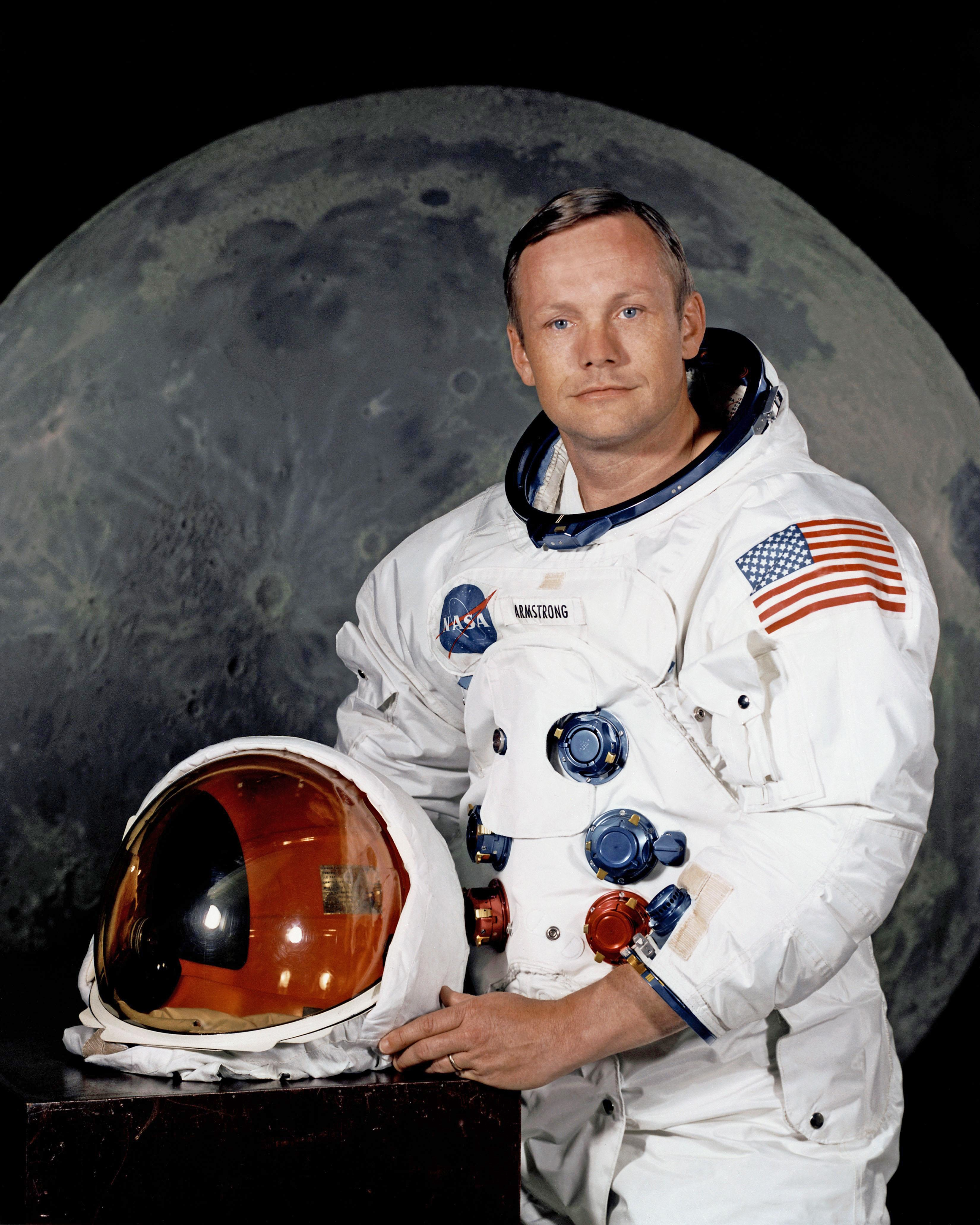 First Human to Walk on the Moon Turns 80 | GO FOR LAUNCH
