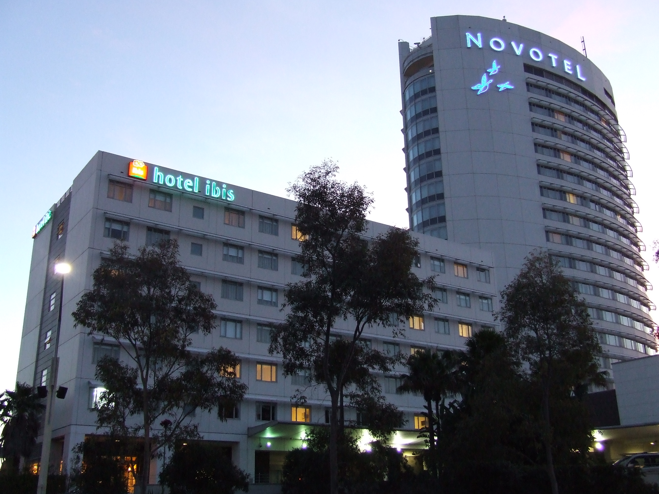 Hotels Near Hotel Van Dyk