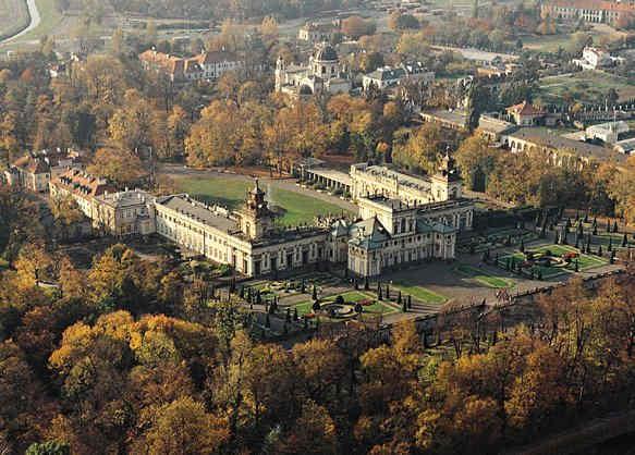 > Vue du palais et du jardin deWilanów à vol d'oiseau et avant la rénovation.