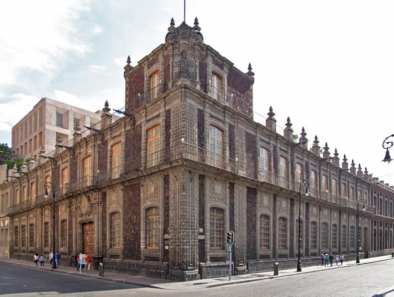 Palacio de los Condes de San Mateo de Valparaíso.jpg