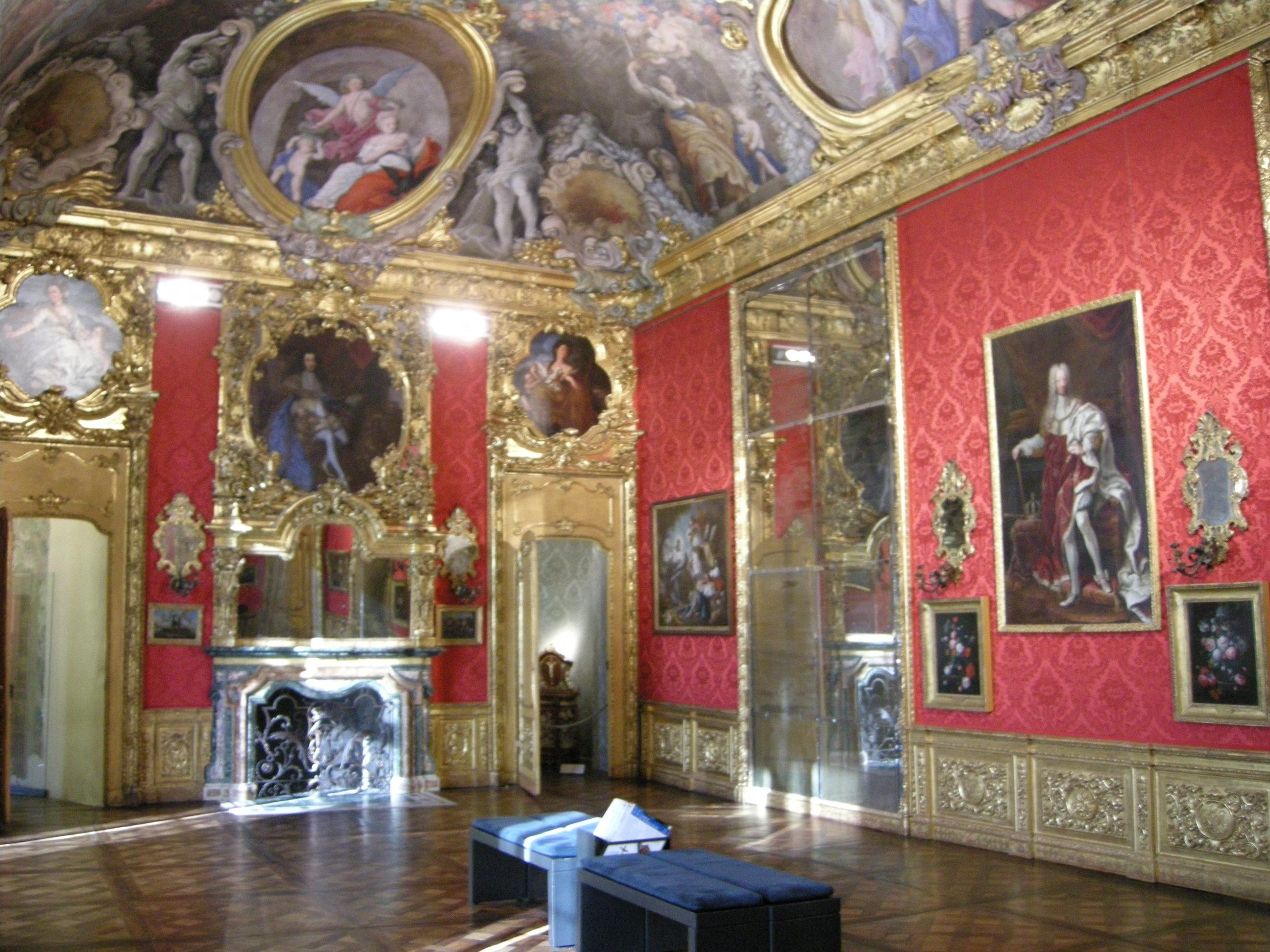 File palazzo madama torino piano nobile 08 jpg wikipedia for Sala da pranzo usata caserta