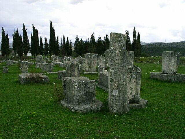 radimlja pobliz stolce, nejvetsi nekropole stecku v bah1.jpg