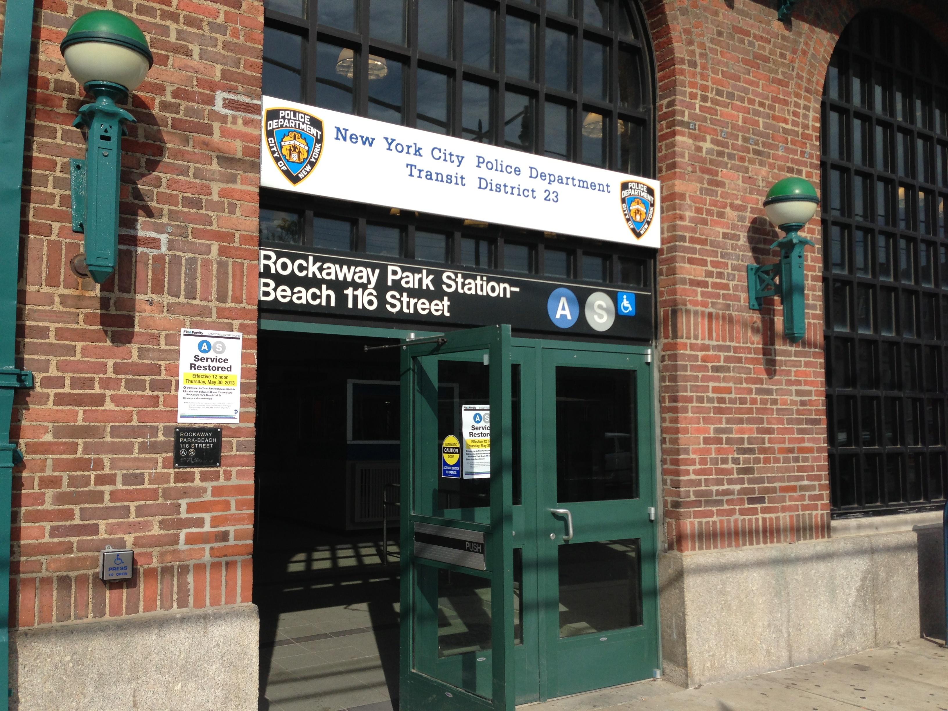 File Rockaway Park Beach 116th Street Station House Jpg