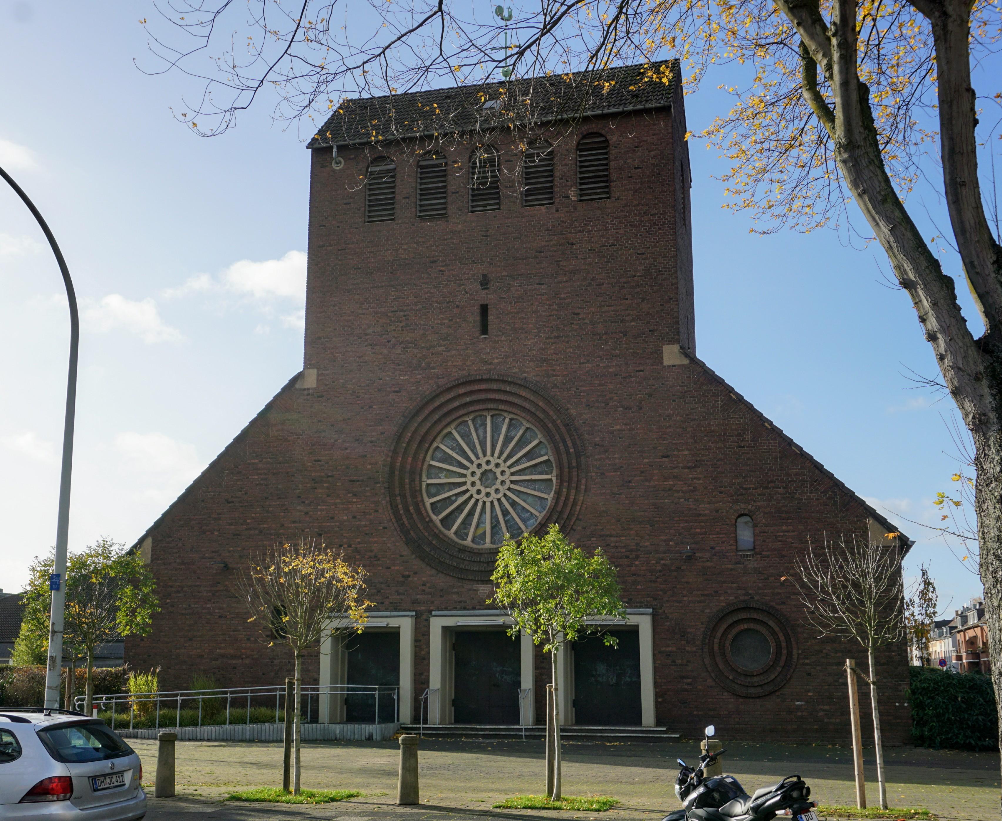 Datei Sankt Petrus Canisius Duisburg