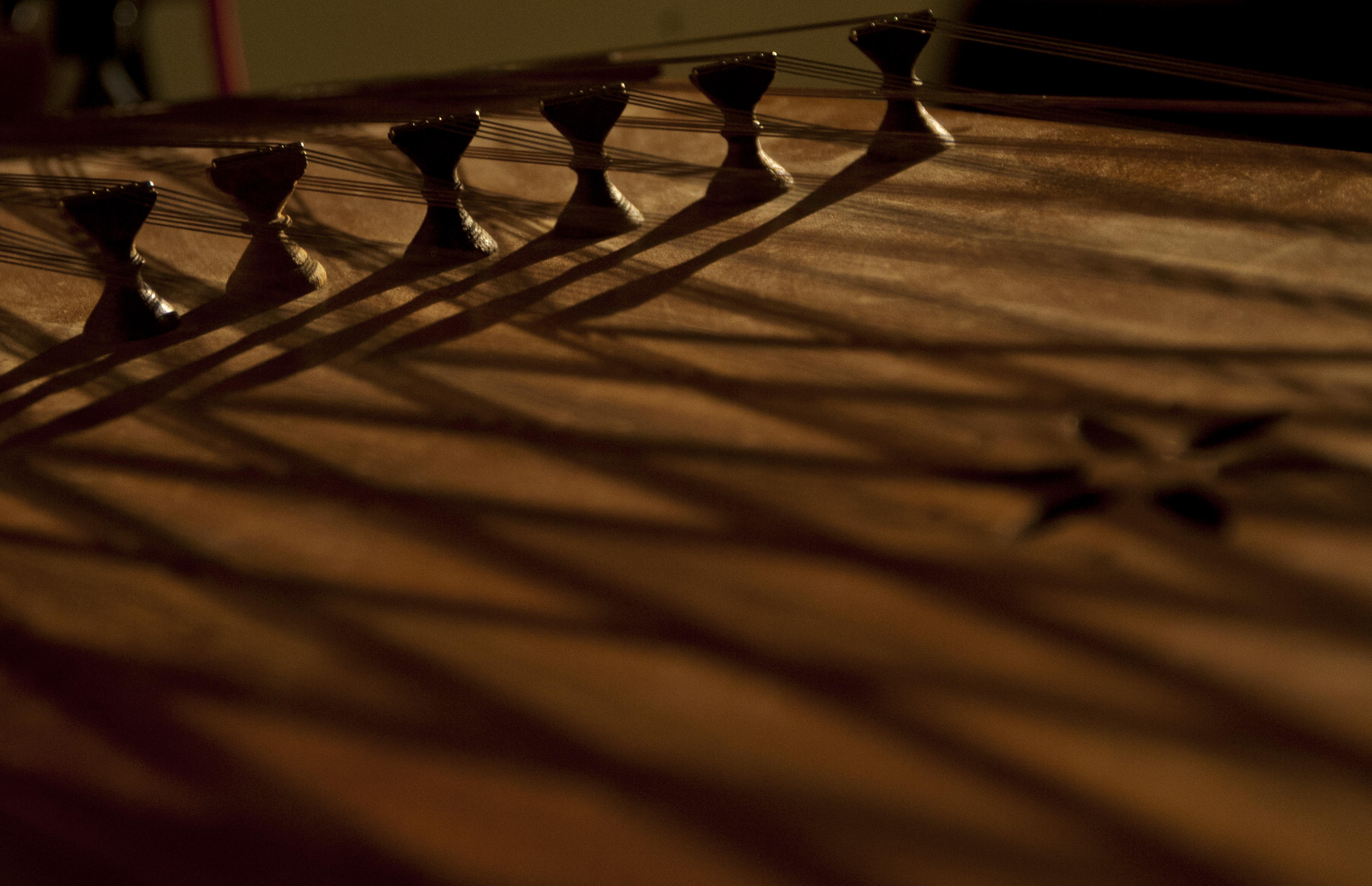 File:Santur Persian Musical-Instrument-Photo-by Dena ...