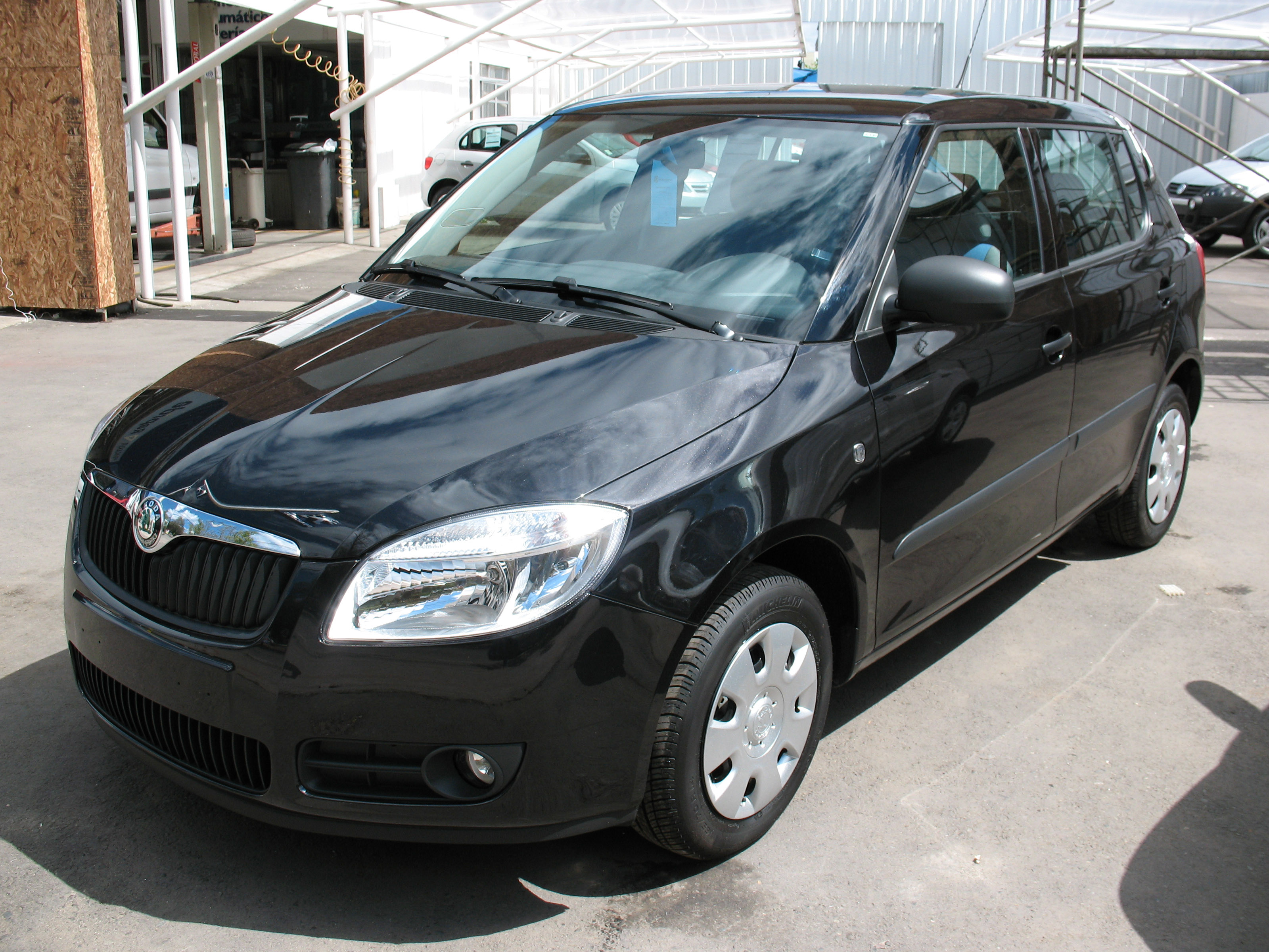 file skoda fabia 1 2 htp classic 2008 14228617589 jpg wikimedia commons. Black Bedroom Furniture Sets. Home Design Ideas