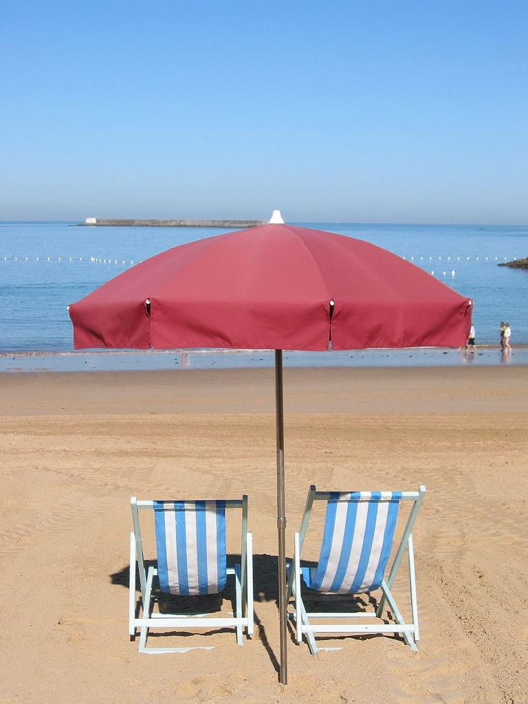 File st jean de luz la plage jpg wikimedia commons for Chaise de plage