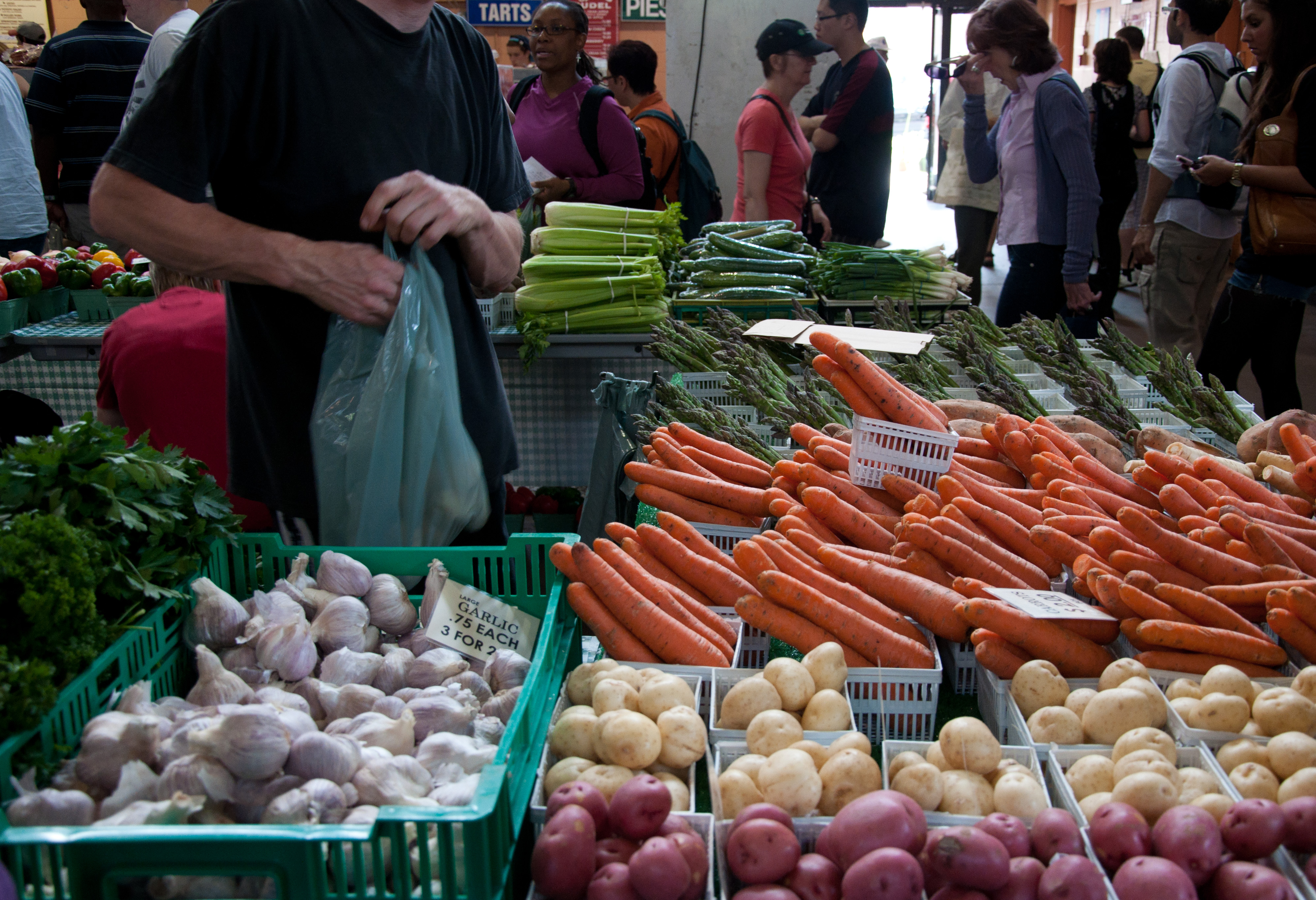 File:St Lawrence Market Toronto 2010 jpg - Wikimedia Commons