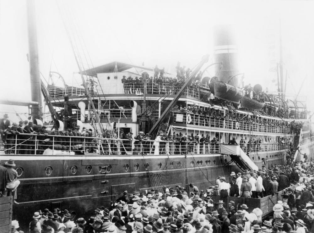 statelibqld 1 85744 first troops leaving townsville 2c queensland 2c bound for thursday island 2c 1914 jpg