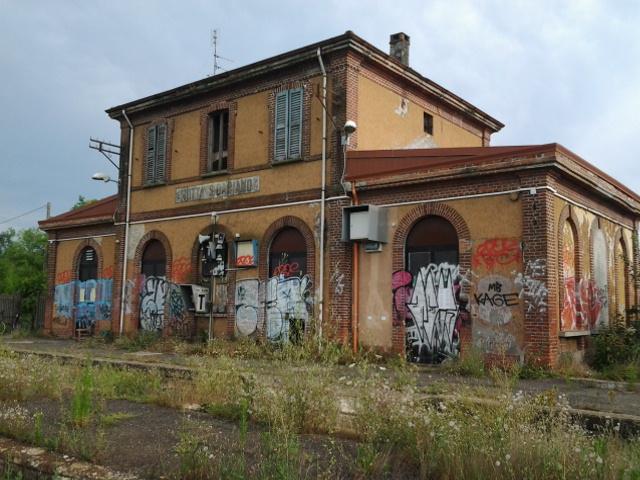 Motta san damiano railway station wikidata - Pavia porta garibaldi ...