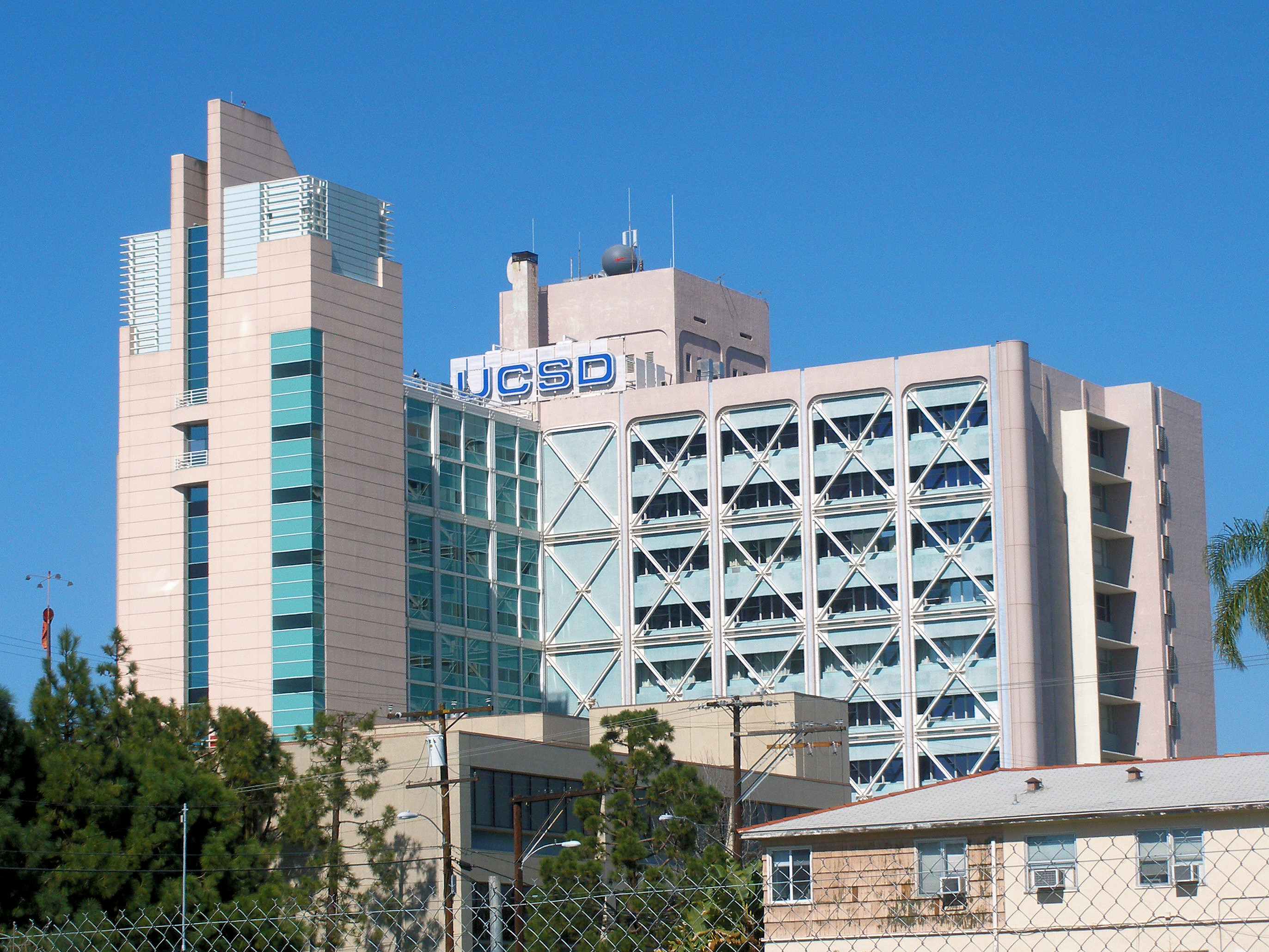 UC San Diego Medical Center, Hillcrest - Wikipedia