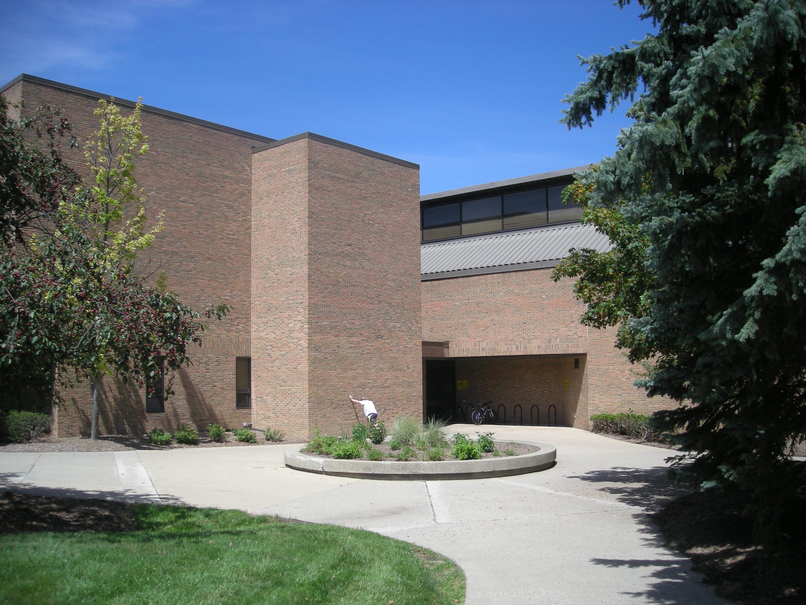 File University of Michigan August 2013 047 North Campus Recreation
