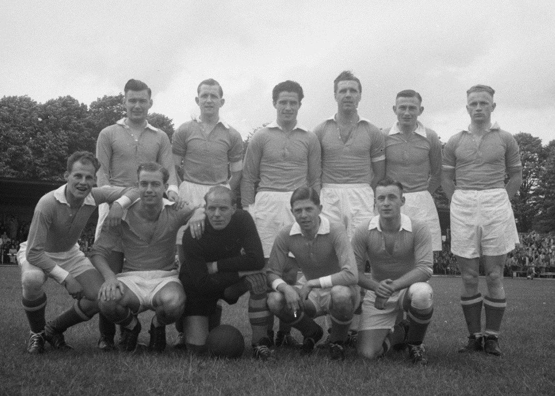 Файл:Willem II elftal (04-05-1952).jpg