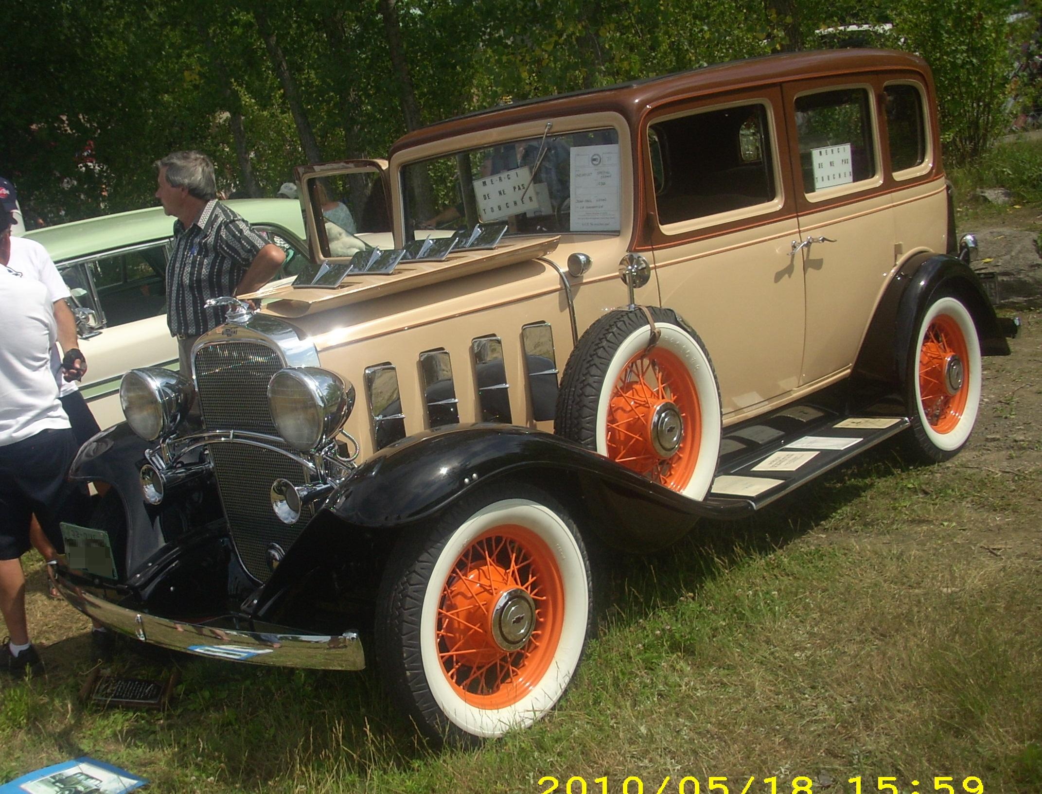 File:'32 Chevrolet Special (Auto clique Laval '10).jpg ...