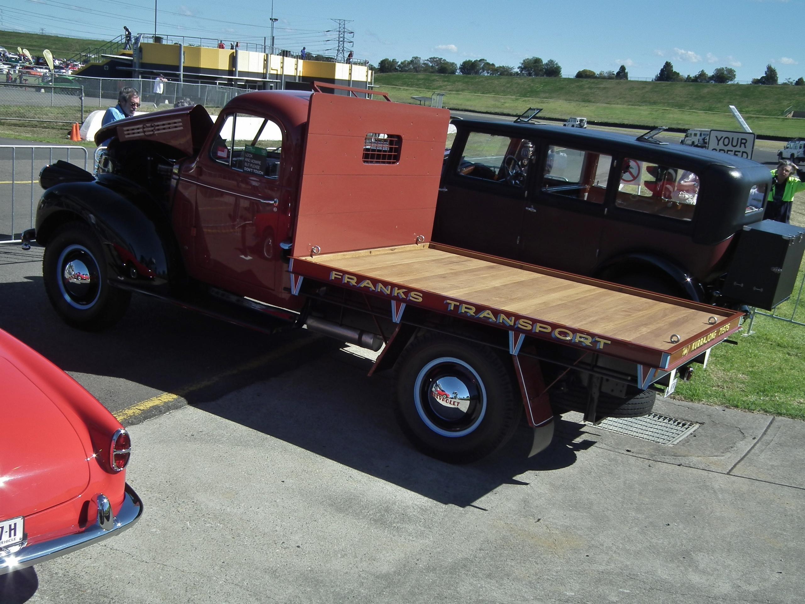 File:1946 Chevrolet table top truck (9597923570).jpg - Wikimedia Commons