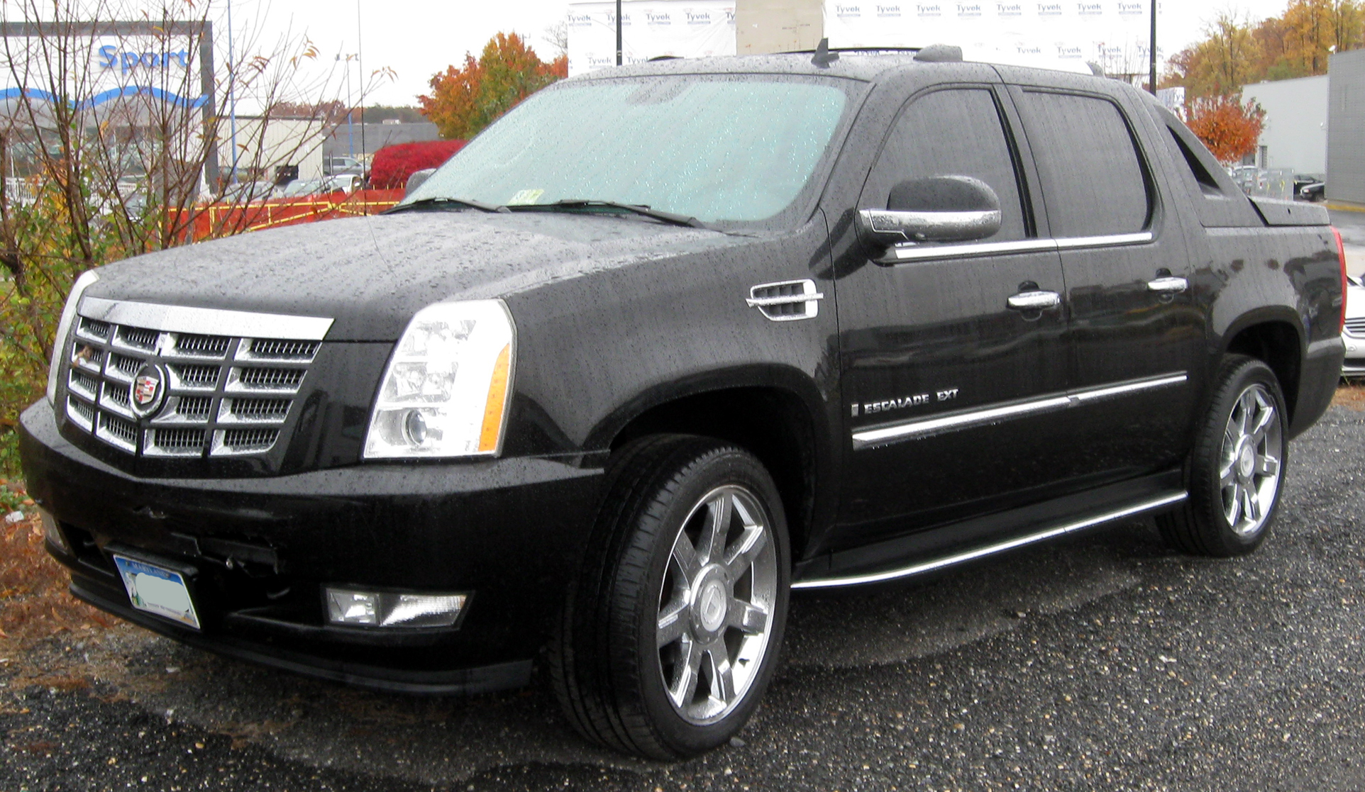 File 2nd cadillac escalade ext 11 10 2011 jpg wikimedia commons