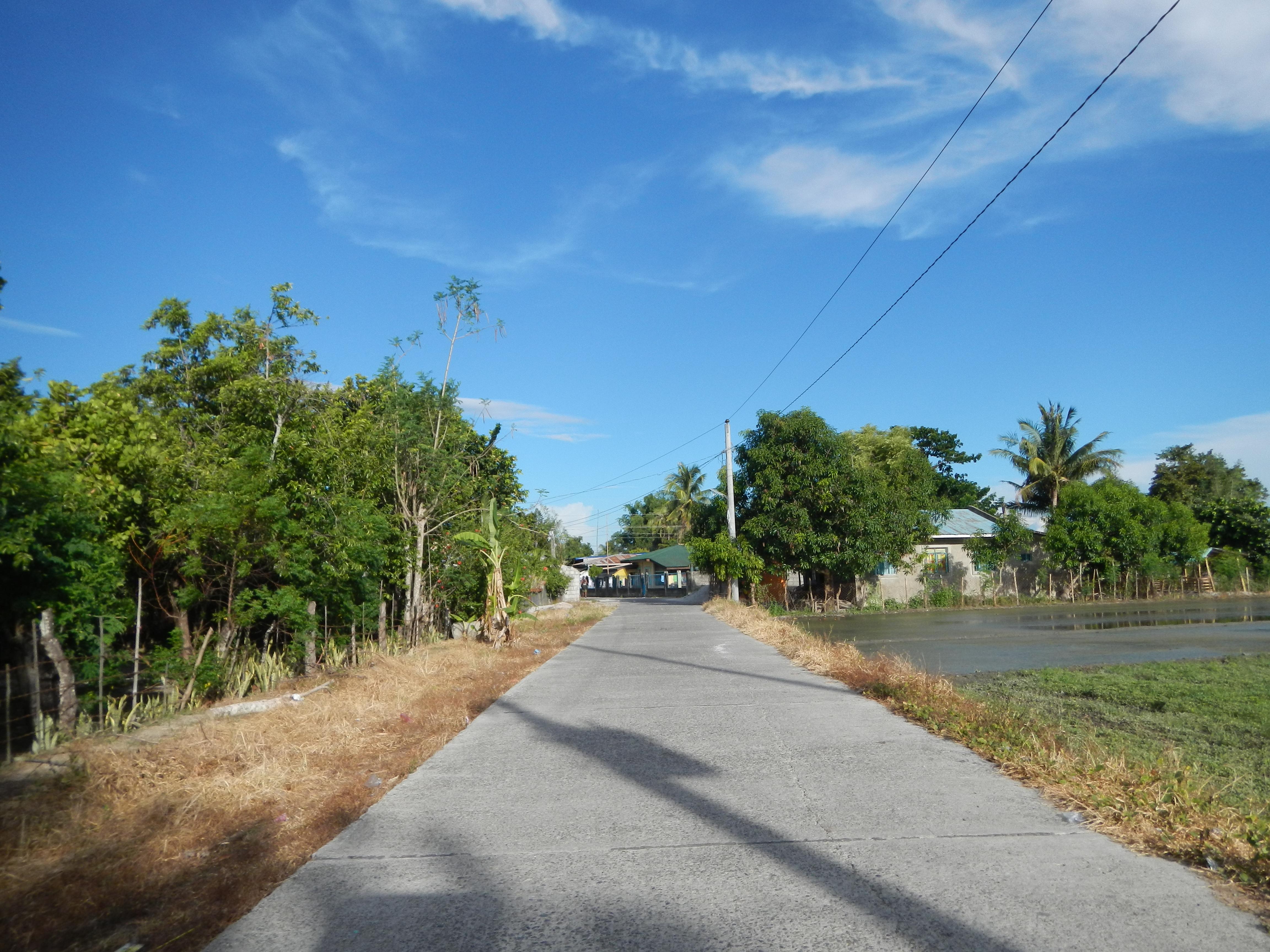 File:7605jfRizal Balanoy La Paz Hall Roads Tarlacfvf 23 ...