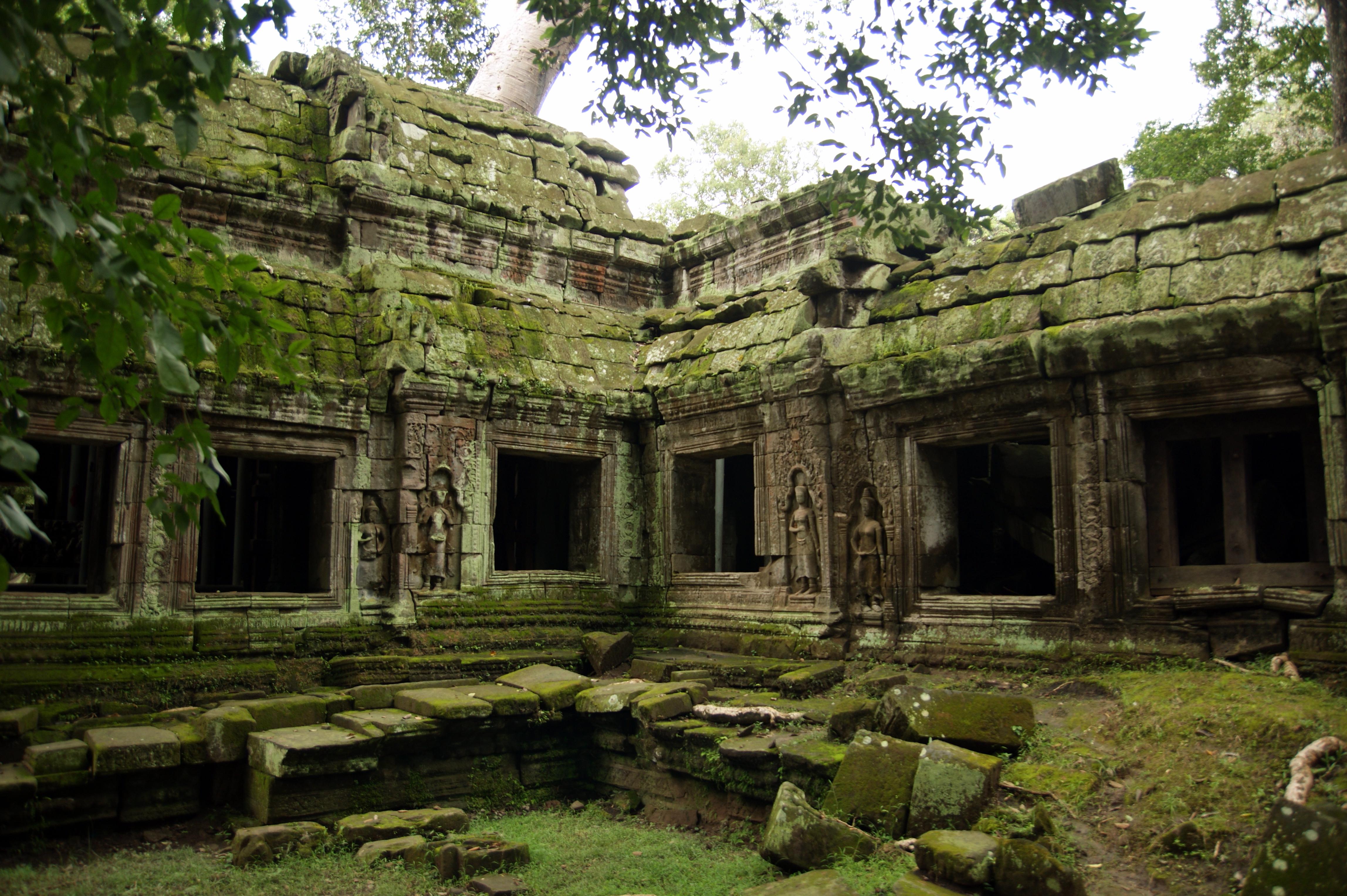 File Angkor Ta Prohm Sept 2009b Jpg Wikimedia Commons