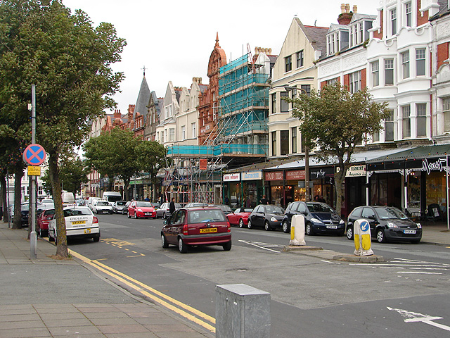 File:Augusta Street, Llandudno - geograph.org.uk - 863474.jpg