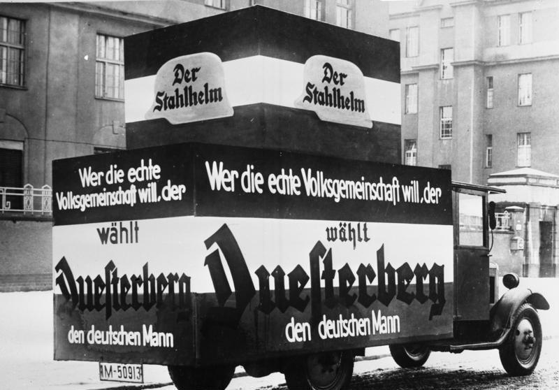 """File:Bundesarchiv B 145 Bild-P046284, Berlin, Reichspräsidentenwahl, Werbung """"Stahlhelm"""".jpg"""