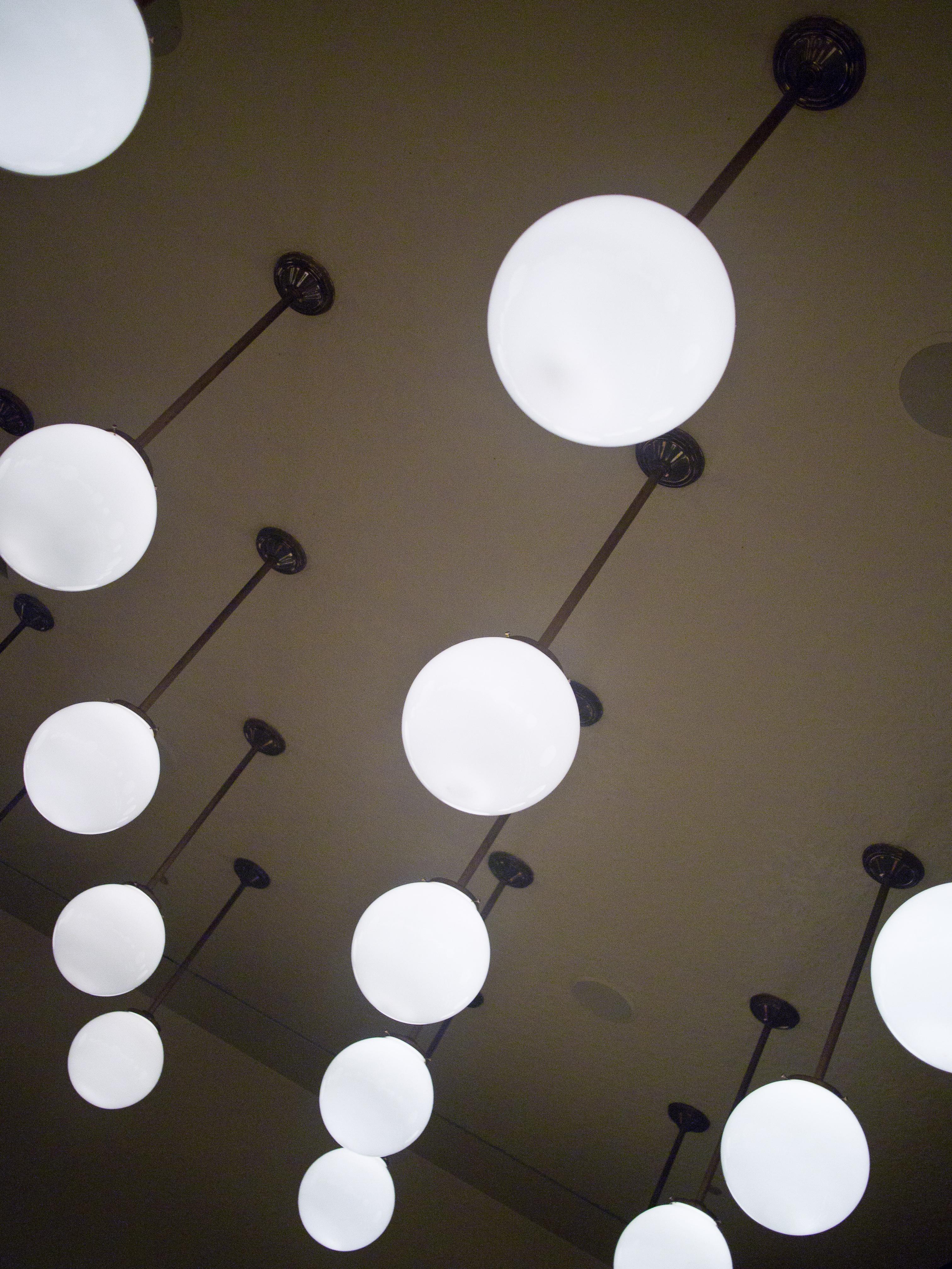 Fileceiling light fixturesg wikimedia commons fileceiling light fixturesg arubaitofo Image collections