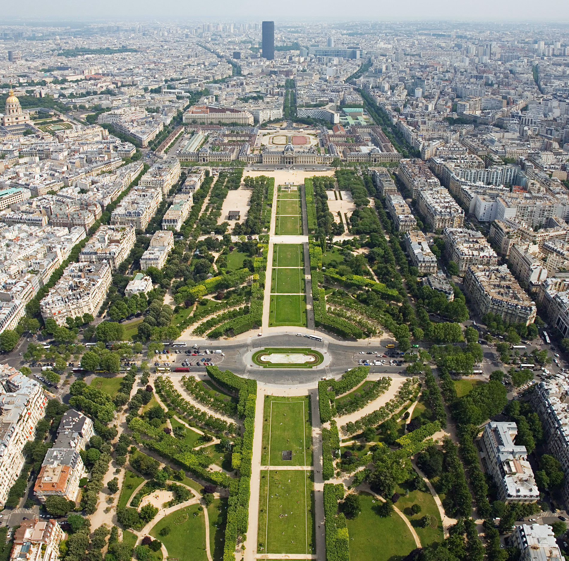 Description Champ de Mars from the Eiffel Tower - July 2006 edit.jpg
