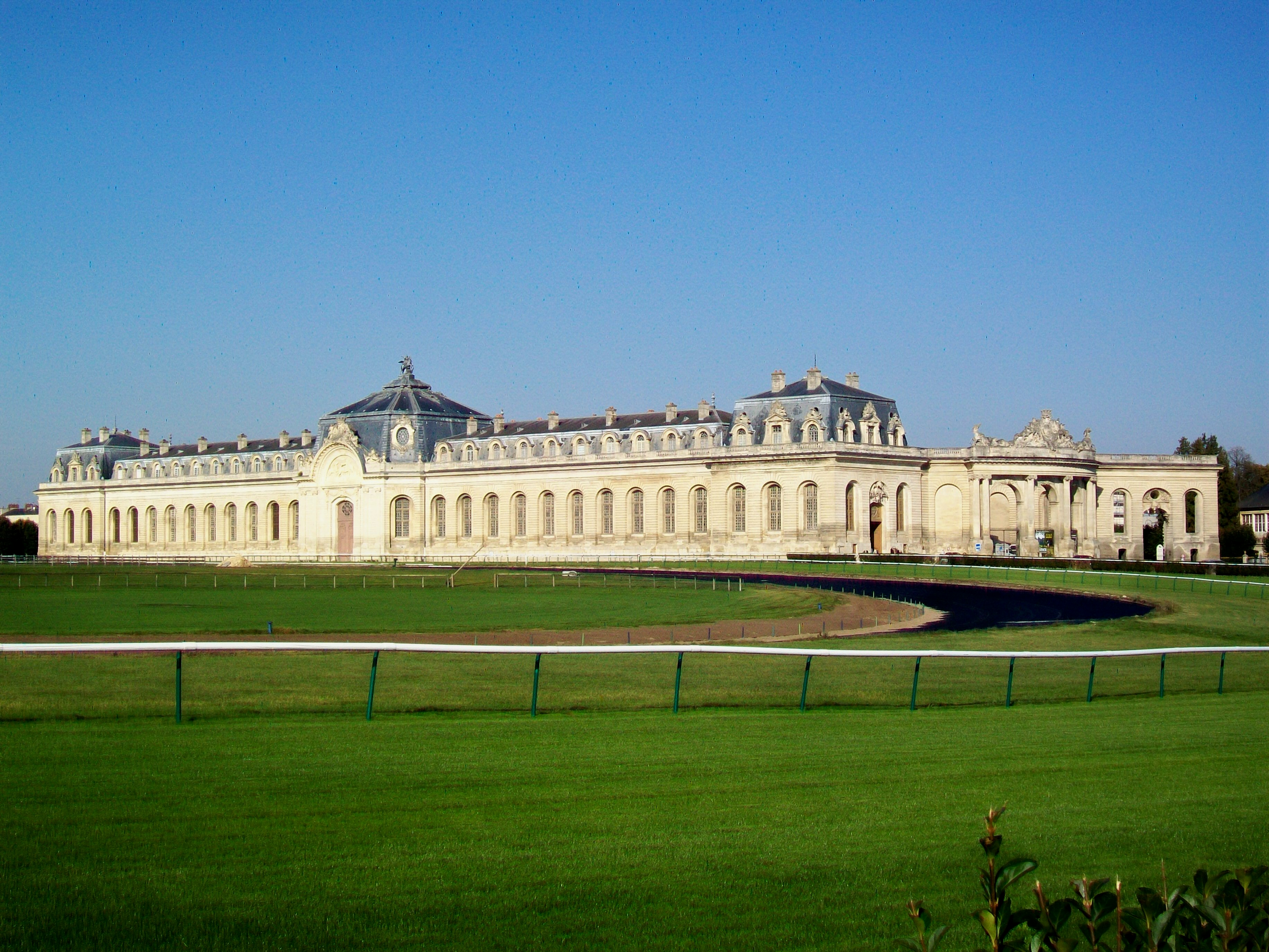 File chantilly 60 grandes wikimedia commons for Chantilly photo