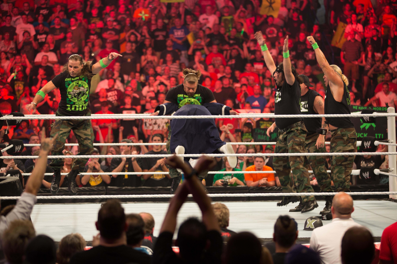 Triple H Dx Attire