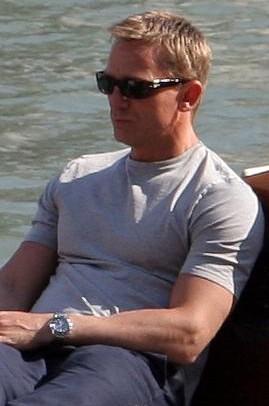 Fichier:Daniel Craig on Venice yacht crop2.jpg