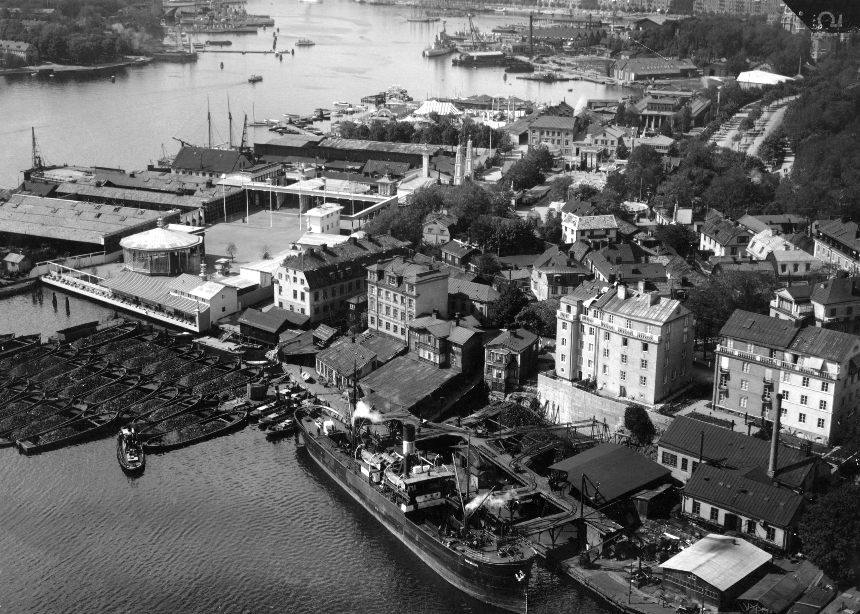 File:Djurgårdsvarvet 1928.jpg