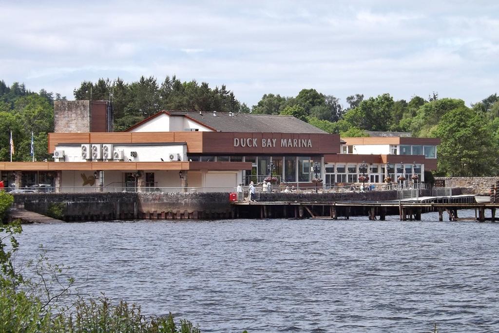 Duck Bay Marina >> File Duck Bay Marina 9152747602 Jpg Wikimedia Commons