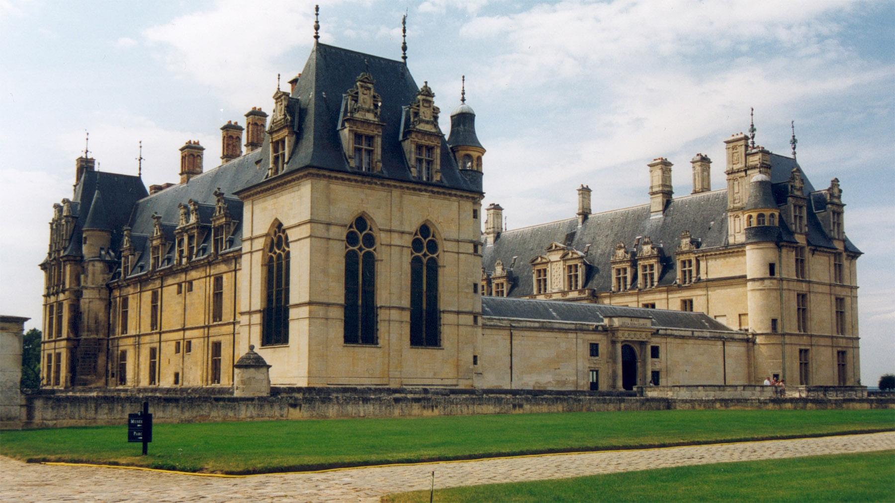 File ecouen chateau wikimedia commons - Maison de la renaissance ...