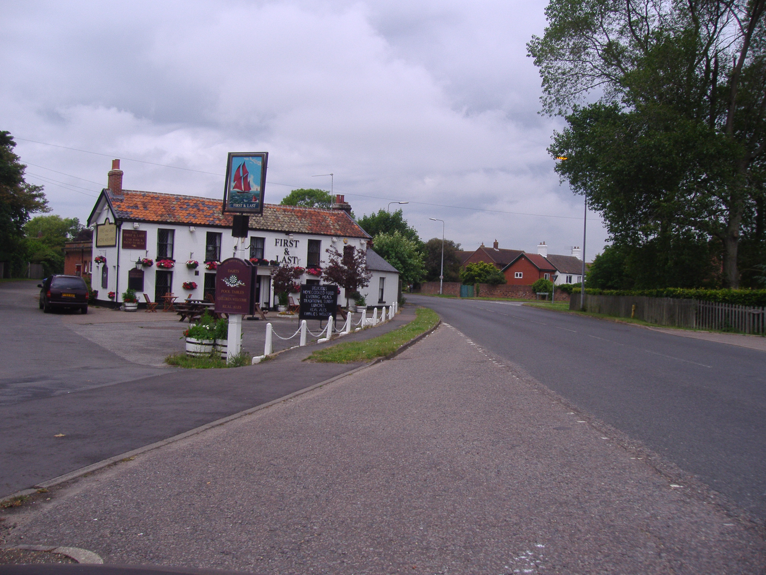 FileFirst and Last public House Ormesby NorfolkJPG Wikimedia