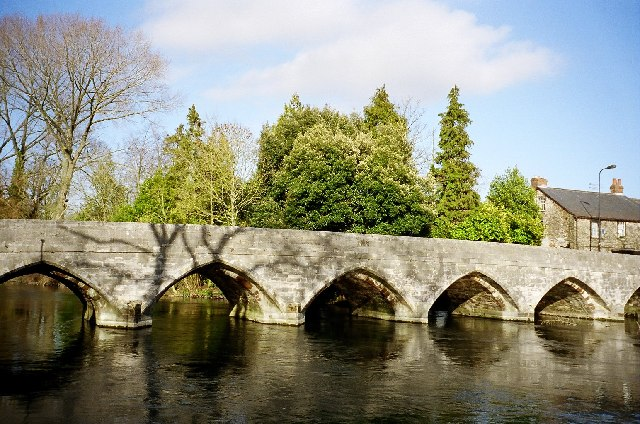File:Fordingbridge, the bridge over the River Avon - geograph.org