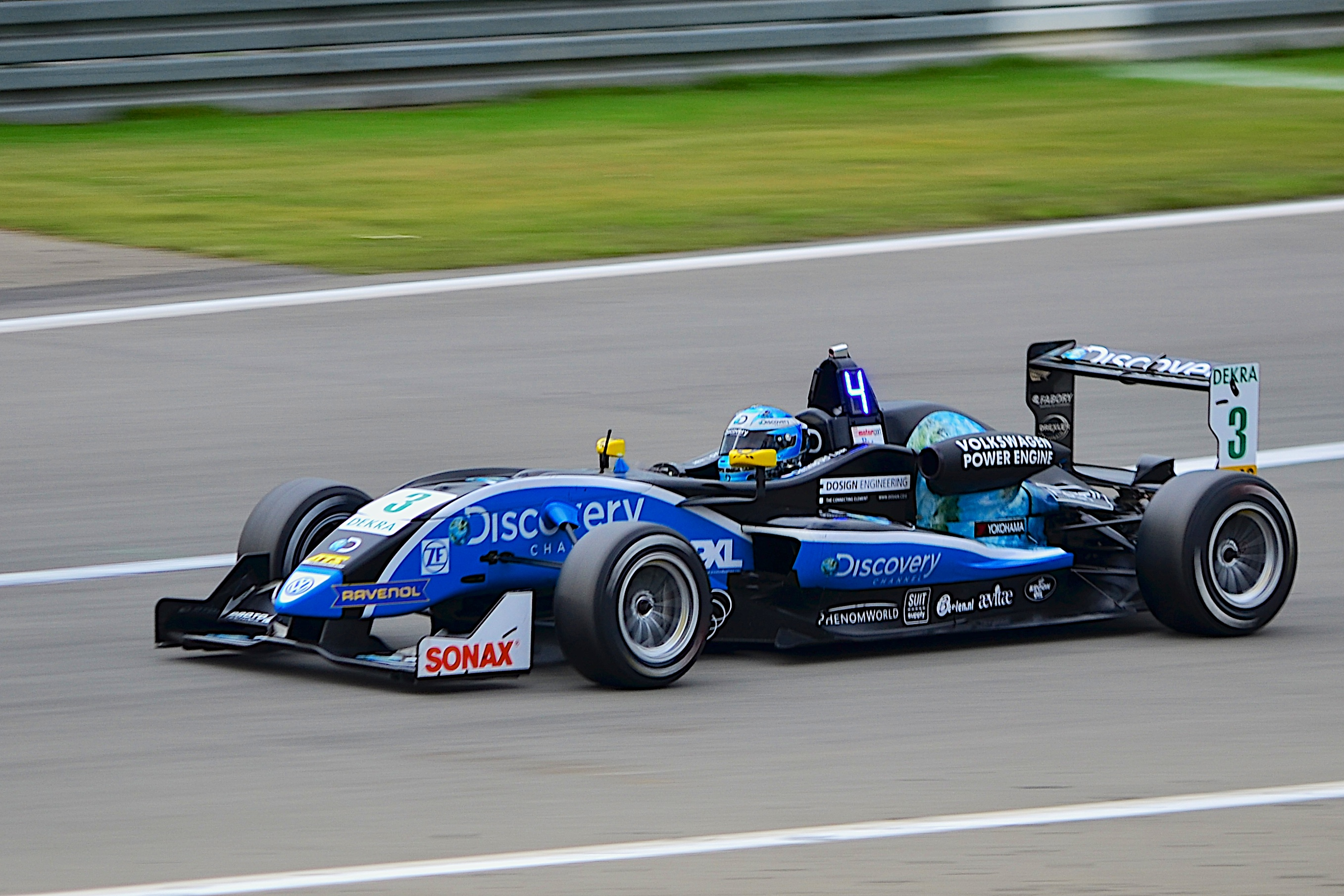 File:Formula 3 Cup Car.jpg  Wikimedia Commons