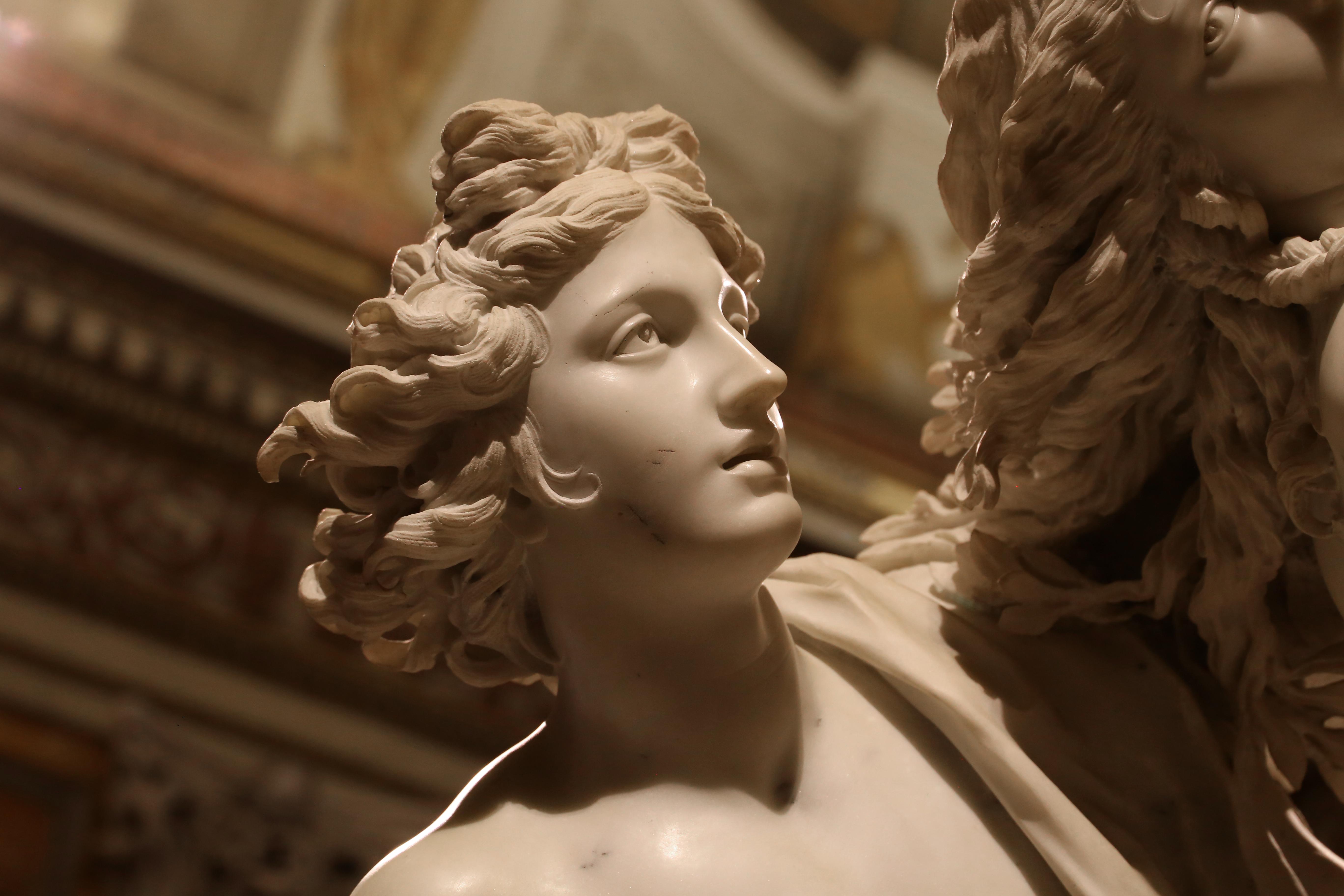 File:Gianlorenzo bernini, apollo e adfne, marmo, 1622-25, 03 jpg