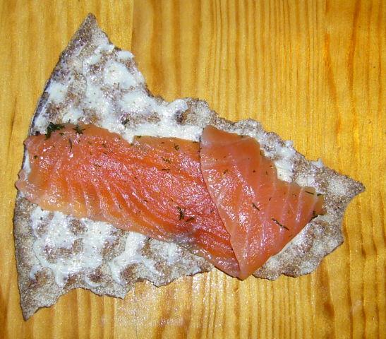 File:Gravlax on bread.jpg