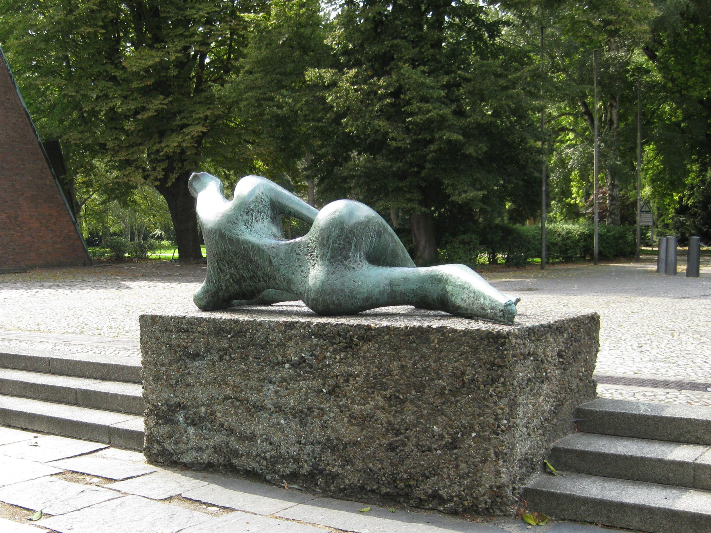 FileHenry Moore-reclining-figure-1956l-28 027.jpg & File:Henry Moore-reclining-figure-1956l-28 027.jpg - Wikimedia Commons islam-shia.org