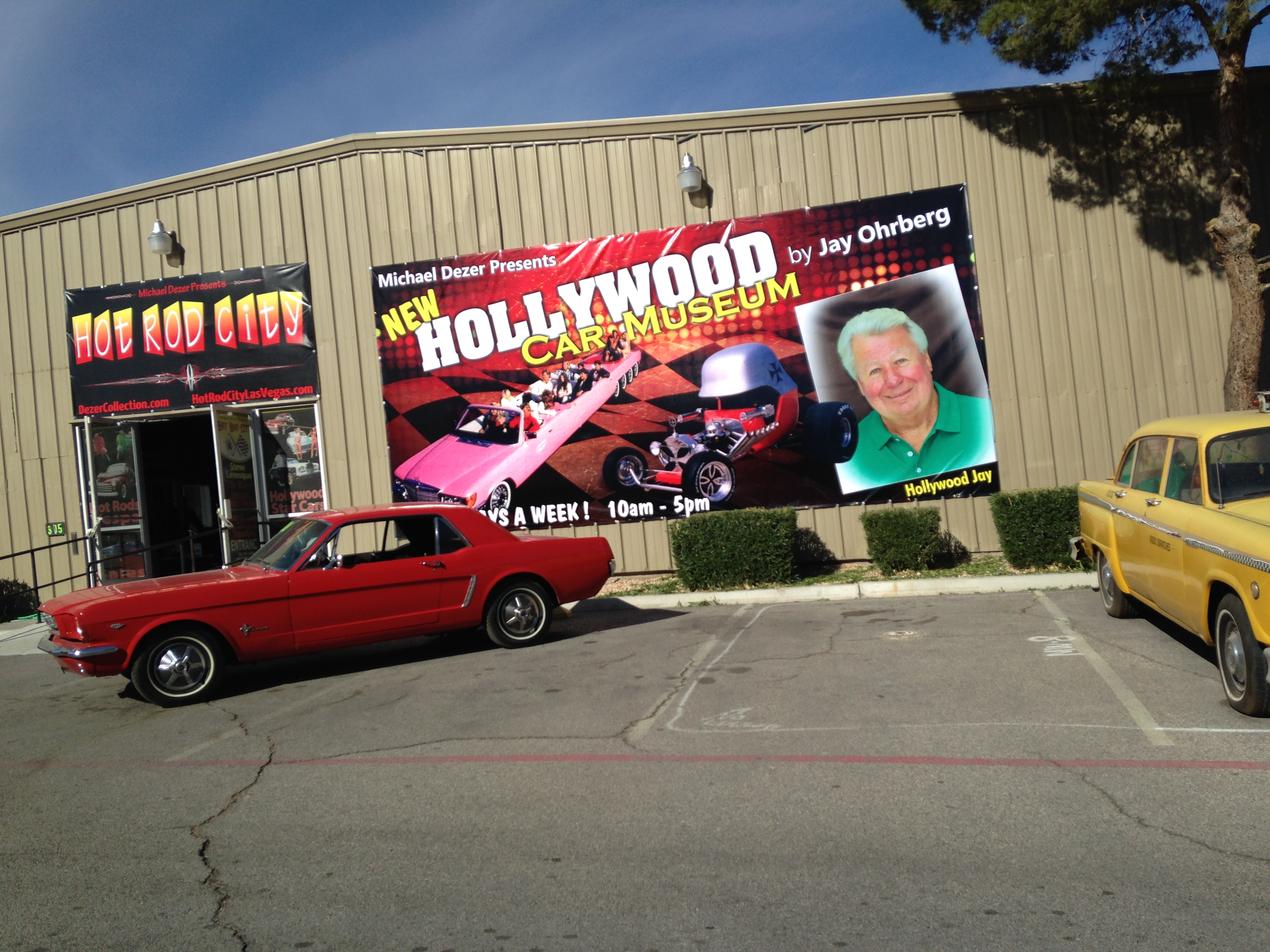 File:Hollywood Cars Museum at Hot Rod City Las Vegas.JPG ...