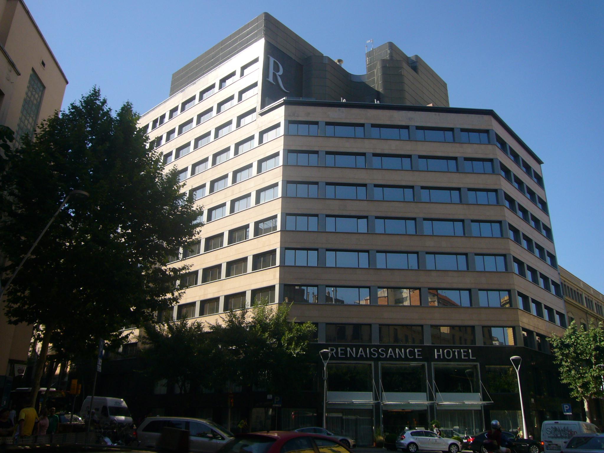 File hotel renaissance barcelona pau claris 122 jpg for Hotels a bcn