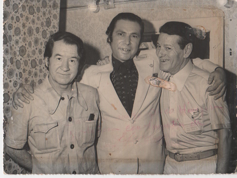 '''Valderrama, Juan el de la Vara y Pepe Marchena (cantaor)