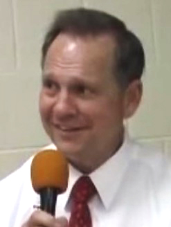 Judge Roy Moore Wikipedia >> File:Judge Roy Moore (cropped).jpg - Wikimedia Commons